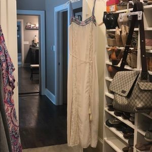 Embroidered top lace inset Maxi dress size M NWT
